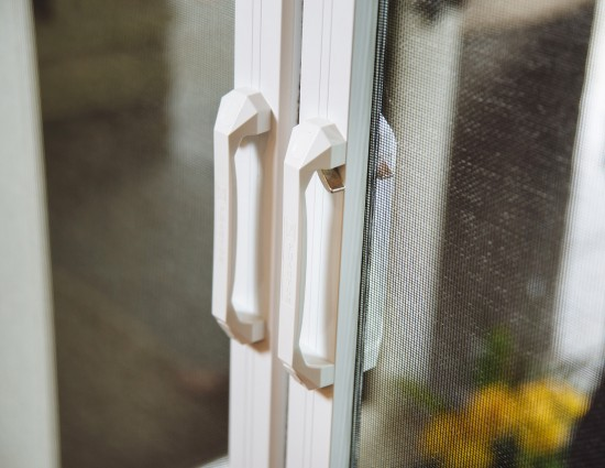Legacy by Phantom™ is the only retractable door screen with an integrated Latch & Release handle -making it easy to use, quiet to operate and secure from unintended openings.